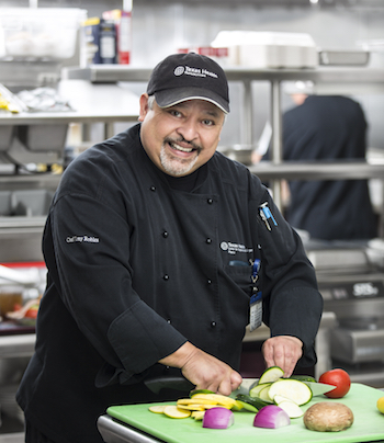 Chef Tony Robles prepares a healthy meal at Texas Health Center for Diagnostics and Surgery